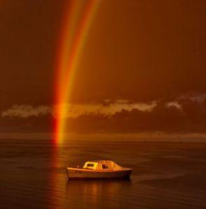 rainbow-image-boat