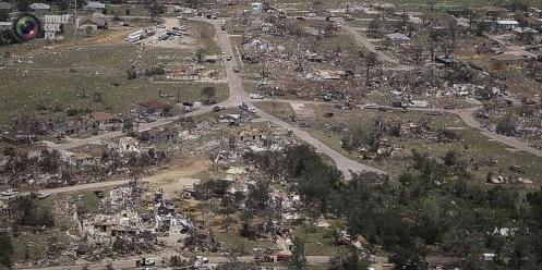 aerial_view_moore_tornado_003
