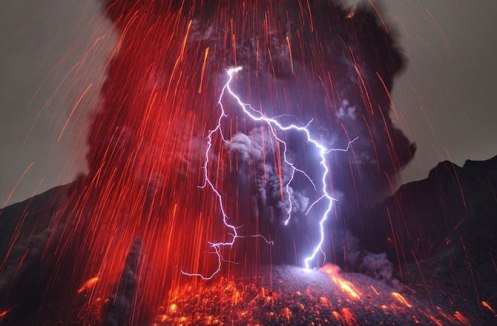 volcano lightning k-bigpic