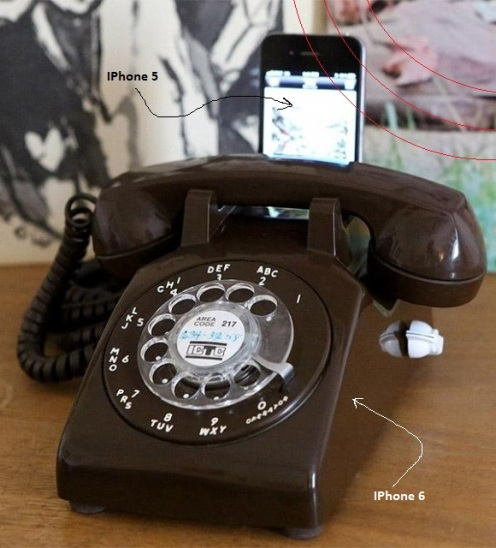 rotary_dial_iphone_dock_1-580x640