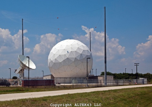 SPACE TRACKING RADAR ON MERRITT ISLAND IN FLORIDA