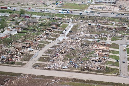 1024px-Aerial_view_of_2013_Moore_tornado_damage