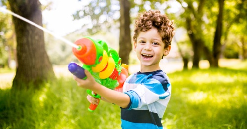 Boy-with-water-gun
