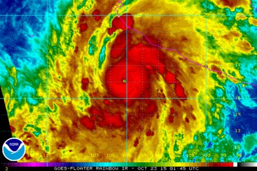 151023-hurricane-patricia-maj-000_f7184e80fce524fabfa6b441a26ff00a.nbcnews-fp-1200-800